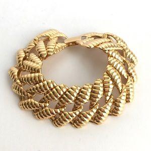 Vintage Napier Bracelet Gold Tone Panther Link
